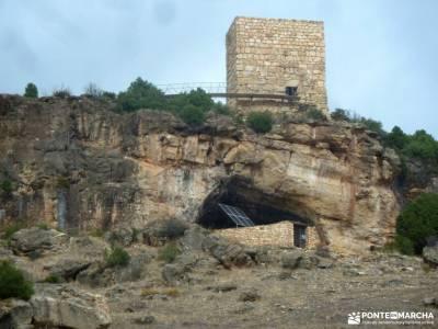 Valle de los Milagros-Cueva de la Hoz; escapadas singles fin de semana senderismo para principiantes